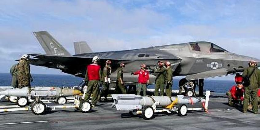 During F-35B Development Test III onboard the USS America, personnel from the NAS Pax River ITF successfully completed at-sea weapons load testing. (source: Andy Wolfe, Lockheed Martin)